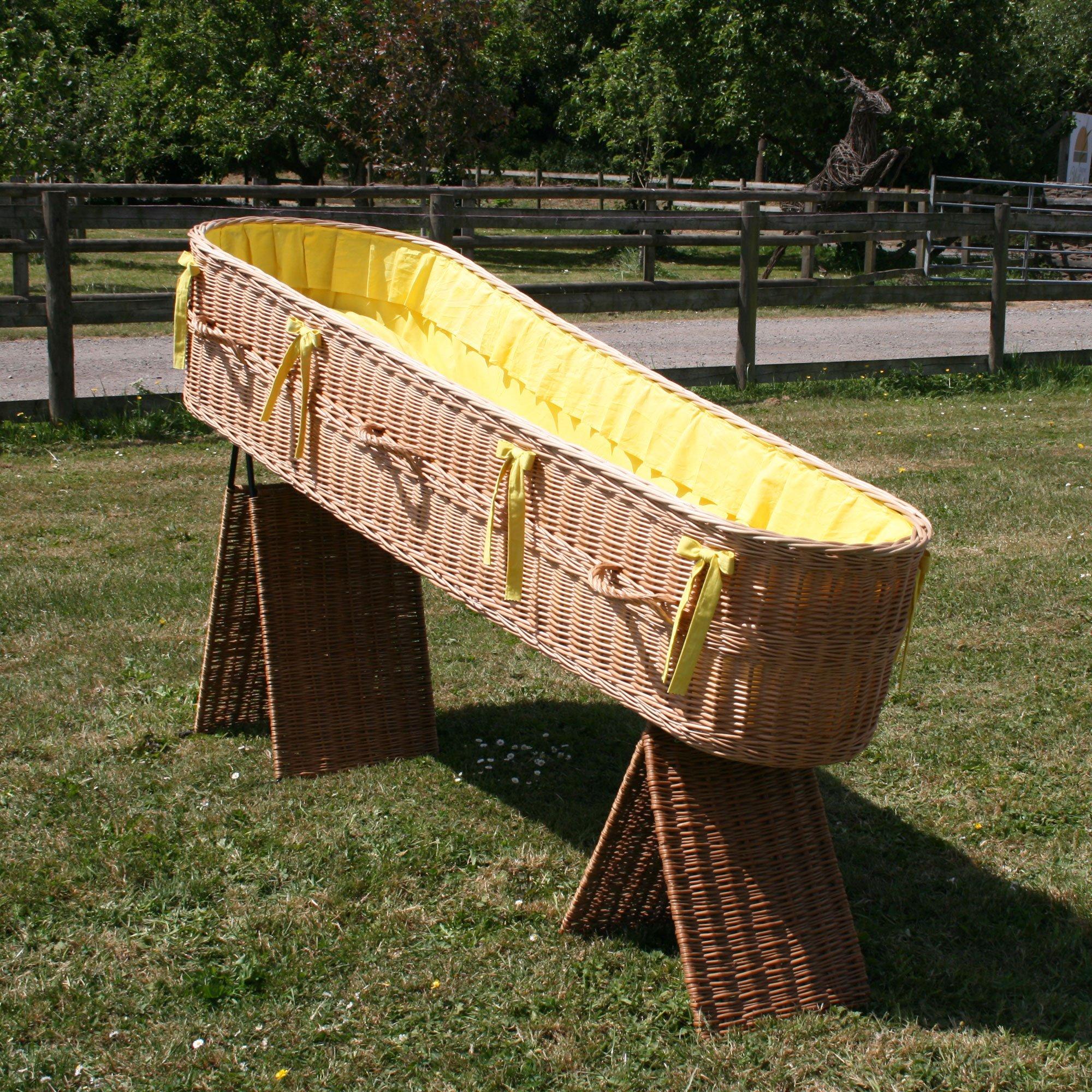 Yellow coffin lining